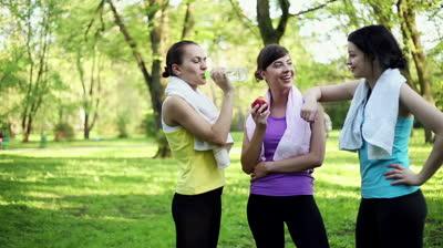 burnout-sport-stress-hilft-mittel-gegen-gesundheit-gym